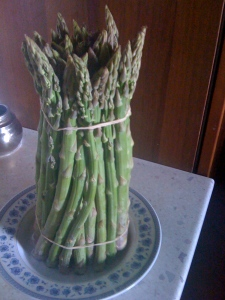 Asparagus from the mercato for my second attempt at a frittata