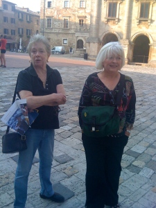 Nan and Susan in the Piazza Grande