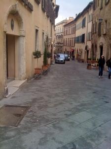A quiet Saturday morning in Montepulciano